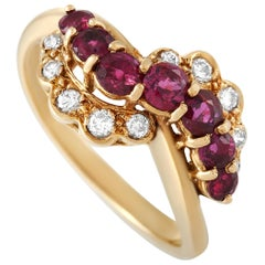 Graff 18 Karat Yellow Gold 0.30 Carat Diamond and 1.25 Carat Ruby Ring