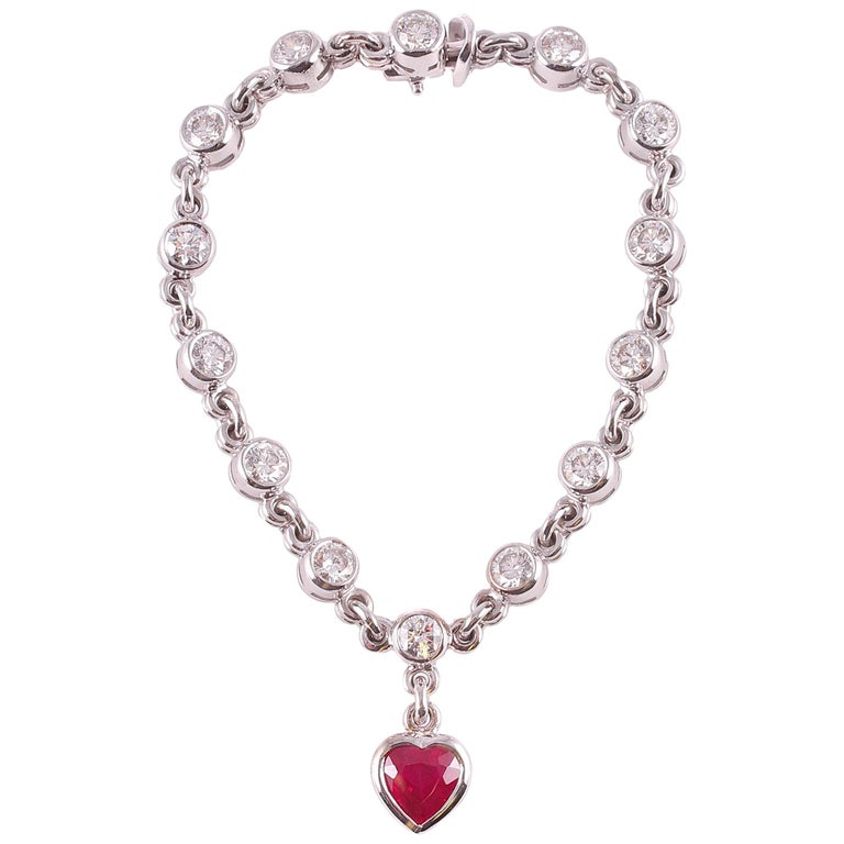 Graff 2.69 Carat Ruby and 4.50 Carat Diamond Bracelet For Sale