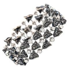 Graff Diamond 18 Karat Gold Flower Bracelet