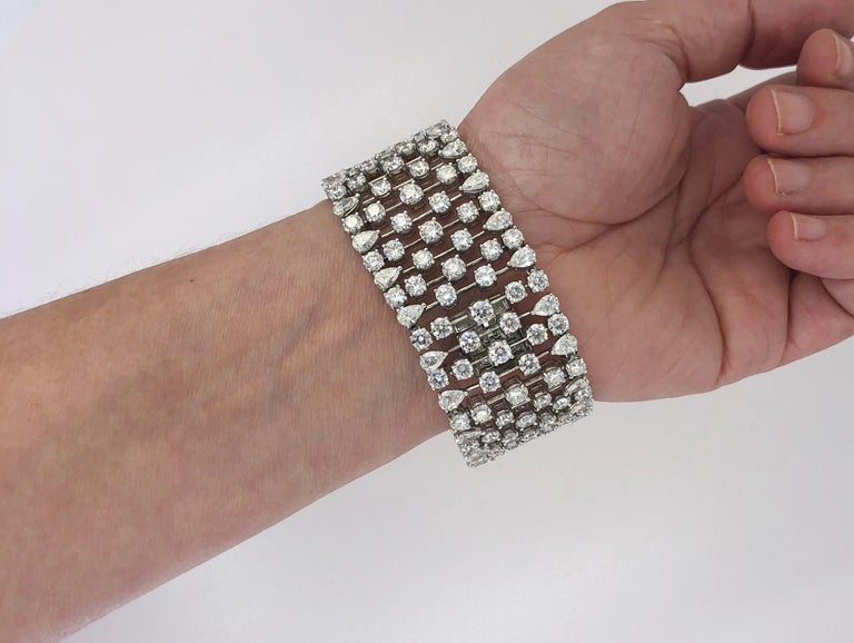 Graff Diamond Bracelet In Good Condition For Sale In New York, NY