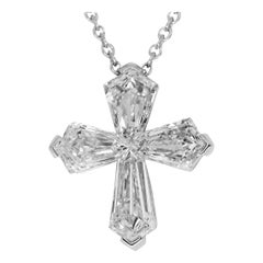 Graff Diamond 'D1.38 Carat' 18 Karat White Gold Trapezoid Cross Pendant Necklace