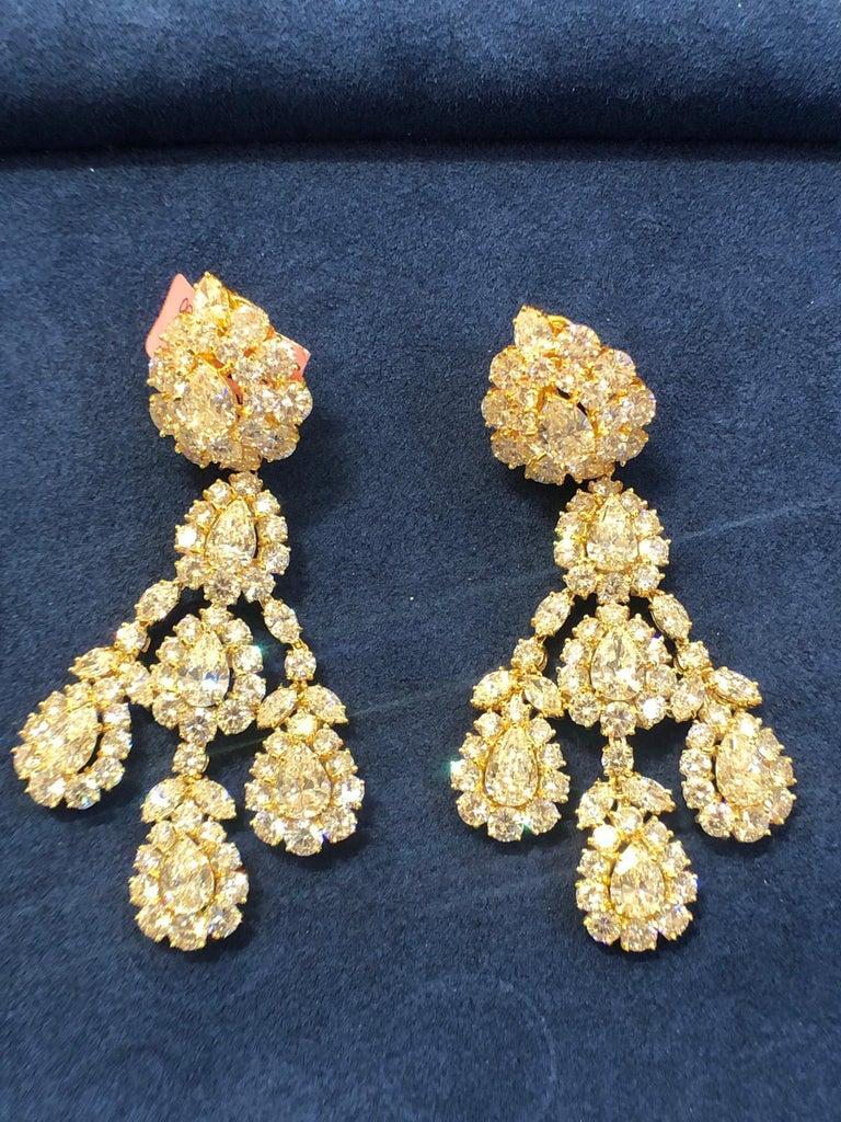 Mixed Cut Graff Diamond Pendant Ear Clips For Sale
