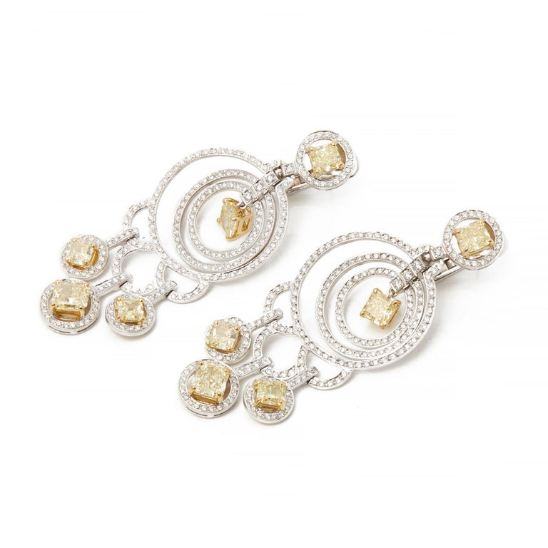 Graff Diamonds 18 Karat Gold Fancy Yellow and White Diamond Dress Earrings In Excellent Condition For Sale In Bishop's Stortford, Hertfordshire