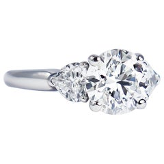 Graff GIA Certified 1.61 Carat Round Brilliant Diamond Three-Stone Ring