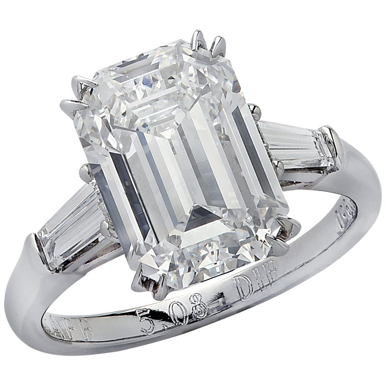 Graff GIA Certified Internally Flawless 5.08 Carat Emerald Cut Engagement Ring For Sale