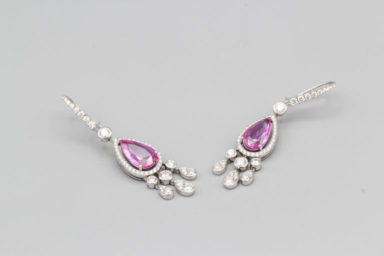 Graff Pink Sapphire Diamond 18 Karat White Gold Drop Earrings In Excellent Condition For Sale In New York, NY