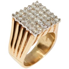 Graff Ring, 18 Karat Gold with 36 Diamonds, over 2 Carat