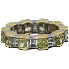 Graff Two-Tone Gold Fancy Yellow Radiant and Emerald Diamond Eternity Band Ring