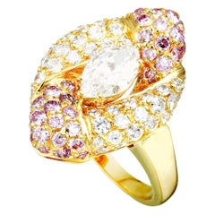 Graff White and Pink Diamond 18 Karat Yellow Gold Ring