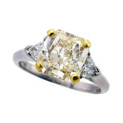 Graff Yellow Radiant 3.05 Carat Diamond Platinum 18 Karat YG Solitaire Ring