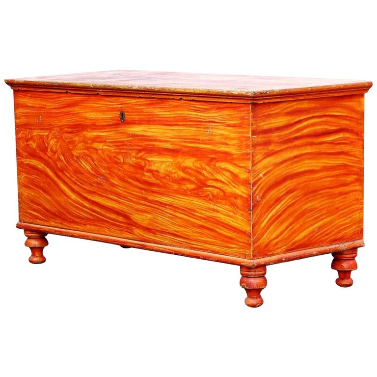 Grain Painted Blanket Chest, Lancaster Pennsylvania, circa 1830 For Sale