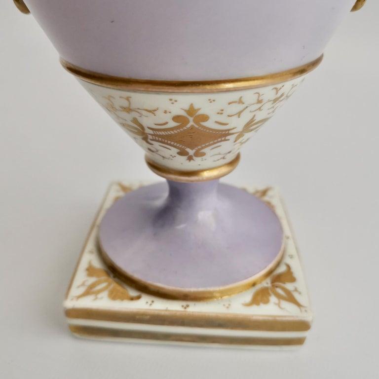 Grainger Worcester Porcelain Vase, Lilac, View of Hagley, Regency Empire a 1820 For Sale 10