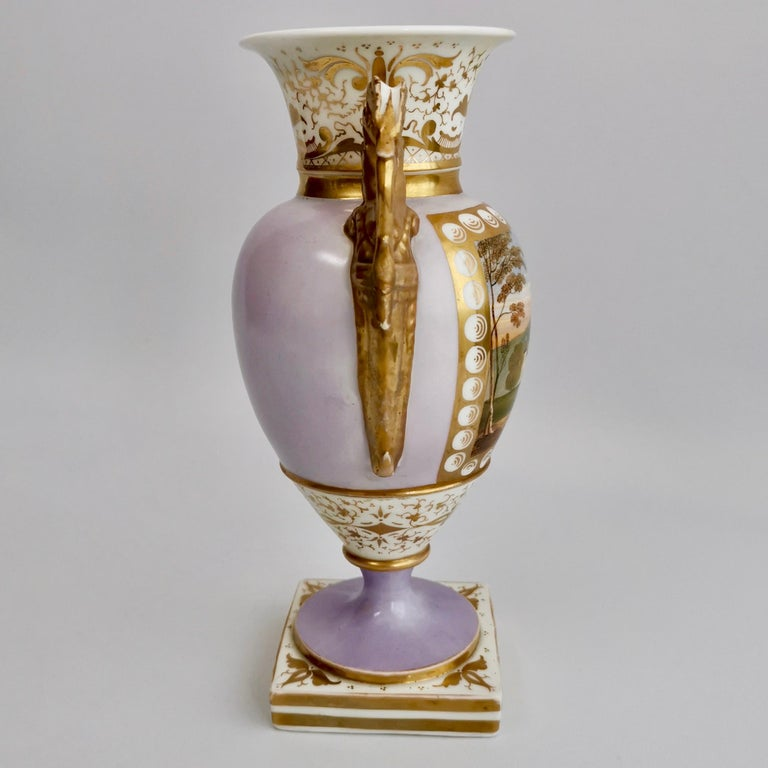Grainger Worcester Porcelain Vase, Lilac, View of Hagley, Regency Empire a 1820 In Good Condition For Sale In London, GB