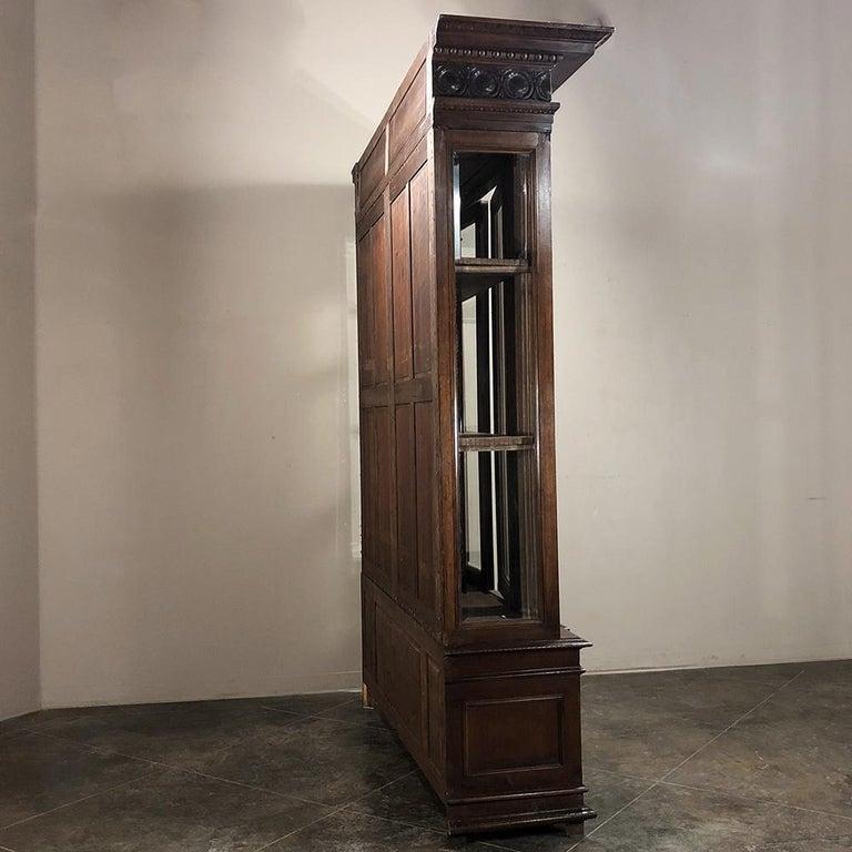 Grand 19th Century Italian Walnut Renaissance Bookcase with Hunt Wildlife Scenes For Sale 4