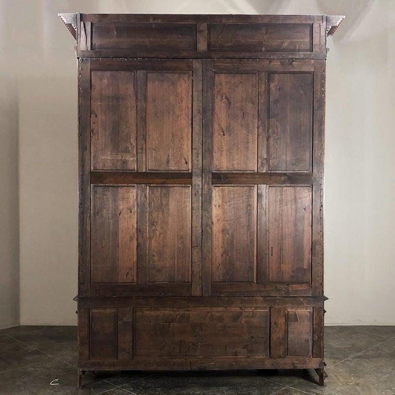 Grand 19th Century Italian Walnut Renaissance Bookcase with Hunt Wildlife Scenes For Sale 6