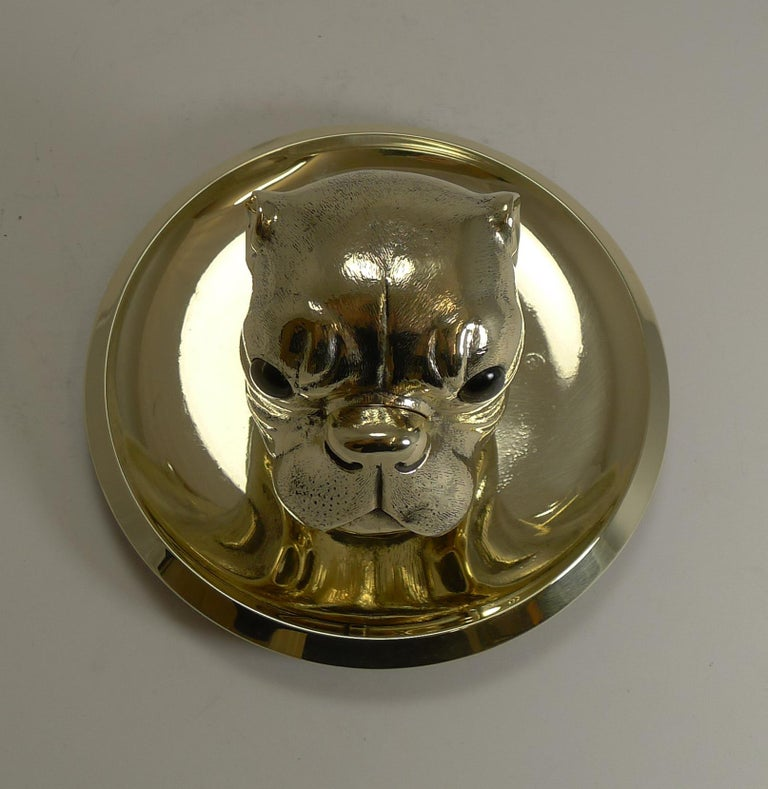 Grand English Bulldog Novelty Inkwell with Glass Eyes, circa 1880 In Good Condition For Sale In London, GB
