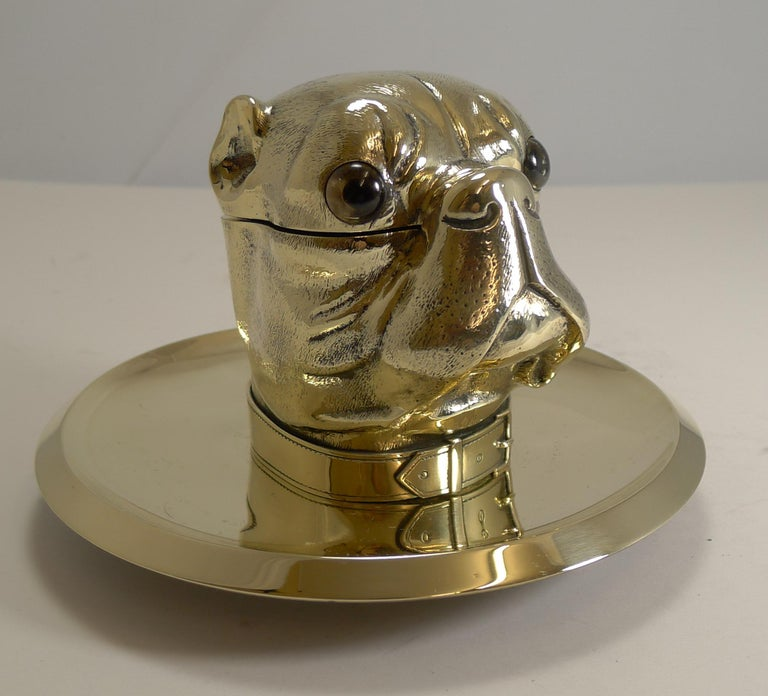 Grand English Bulldog Novelty Inkwell with Glass Eyes, circa 1880 For Sale 3