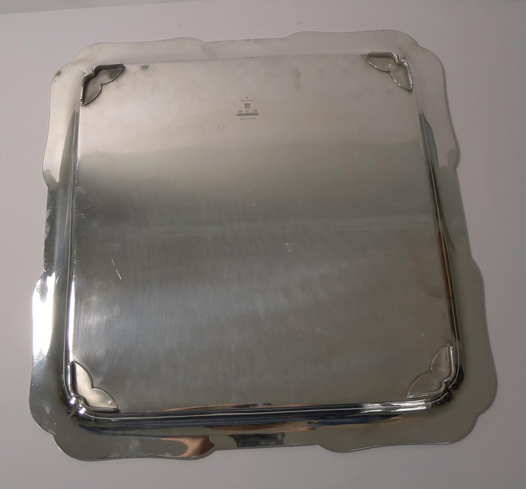 Early 20th Century Grand Large Elkington Cocktail Tray / Salver, Reg., 1914 For Sale