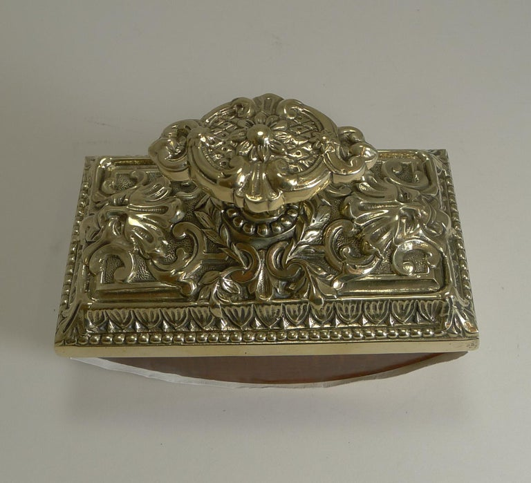Grand Large English Cast Brass Rocking Blotter, circa 1880 In Good Condition For Sale In London, GB