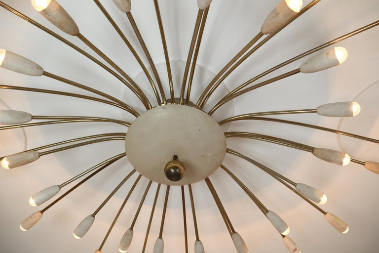 Grand Patinated Brass Midcentury Spider Form Sputnik Chandelier Germany, 1950s In Good Condition For Sale In Almelo, NL