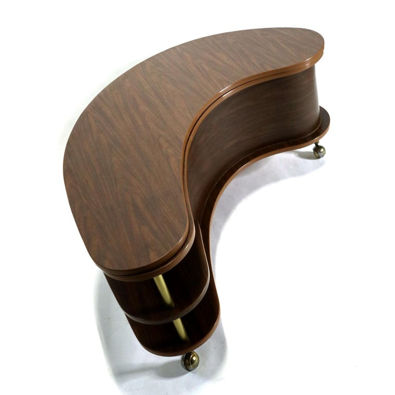 Mid-20th Century Grand Server Boomerang Kidney Shaped Walnut Coffee Table Bar Cabinet