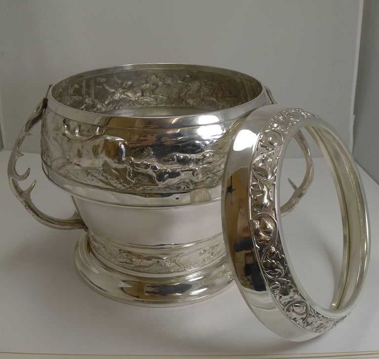 Grand Silver Plated Hunting Tureen by WMF, circa 1920, Signed For Sale 3