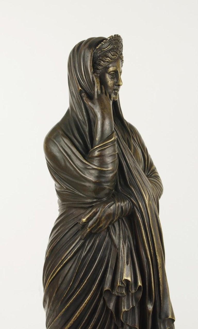 Neoclassical Grand Tour Bronze Figure of Pudicity, circa 1890 For Sale