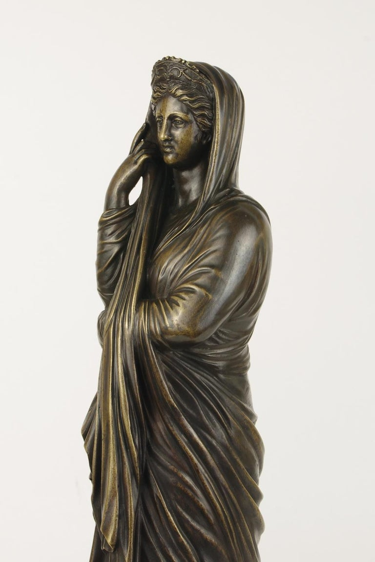 Grand Tour Bronze Figure of Pudicity, circa 1890 In Good Condition For Sale In St. Louis, MO