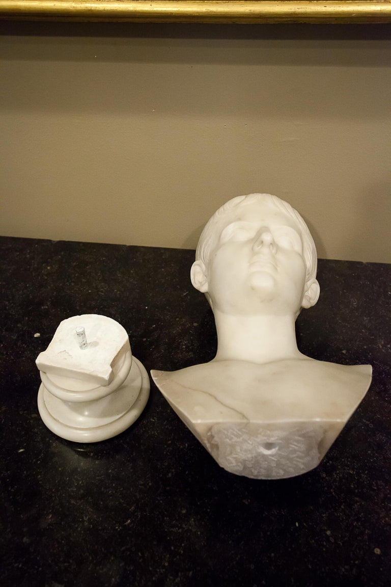 Grand Tour Marble Bust of Octavian 'Augustus Caesar' as a Boy, Italy, circa 1810 For Sale 4