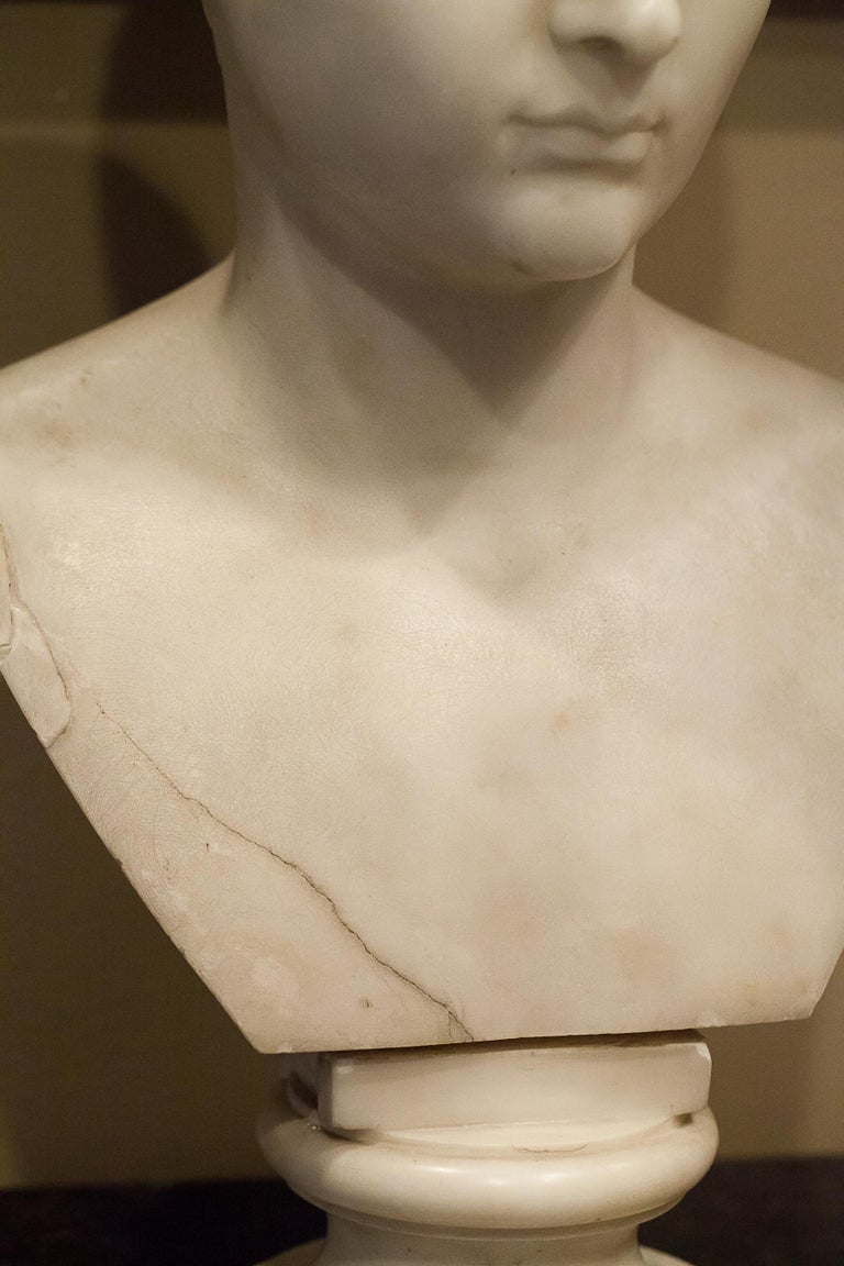 Grand Tour Marble Bust of Octavian 'Augustus Caesar' as a Boy, Italy, circa 1810 For Sale 1
