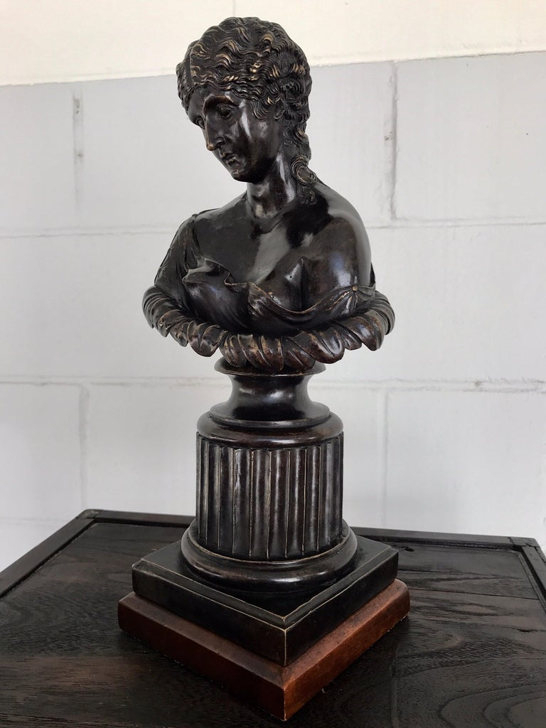 Grand Tour Style Bronze Bust of Clytie In Good Condition For Sale In Atlanta, GA