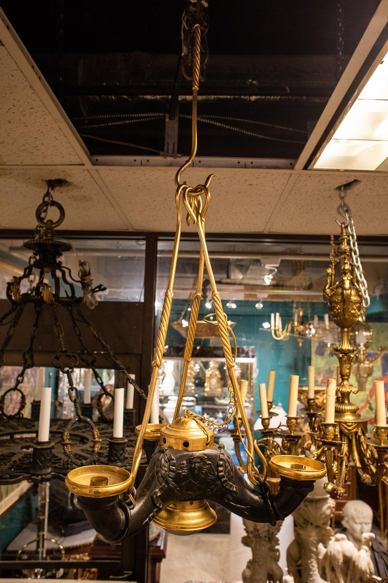 Grand Tour Style Two-Tone Bronze Chandelier In Good Condition For Sale In New York, NY