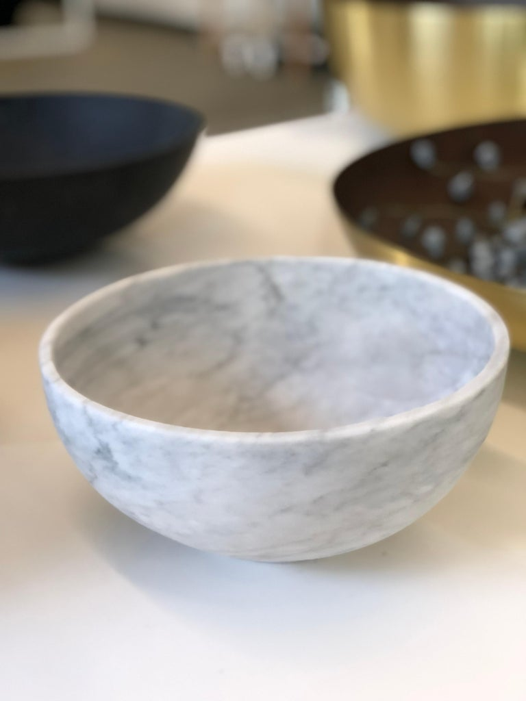 Mexican Chica Bowl in White Marble, in Stock For Sale
