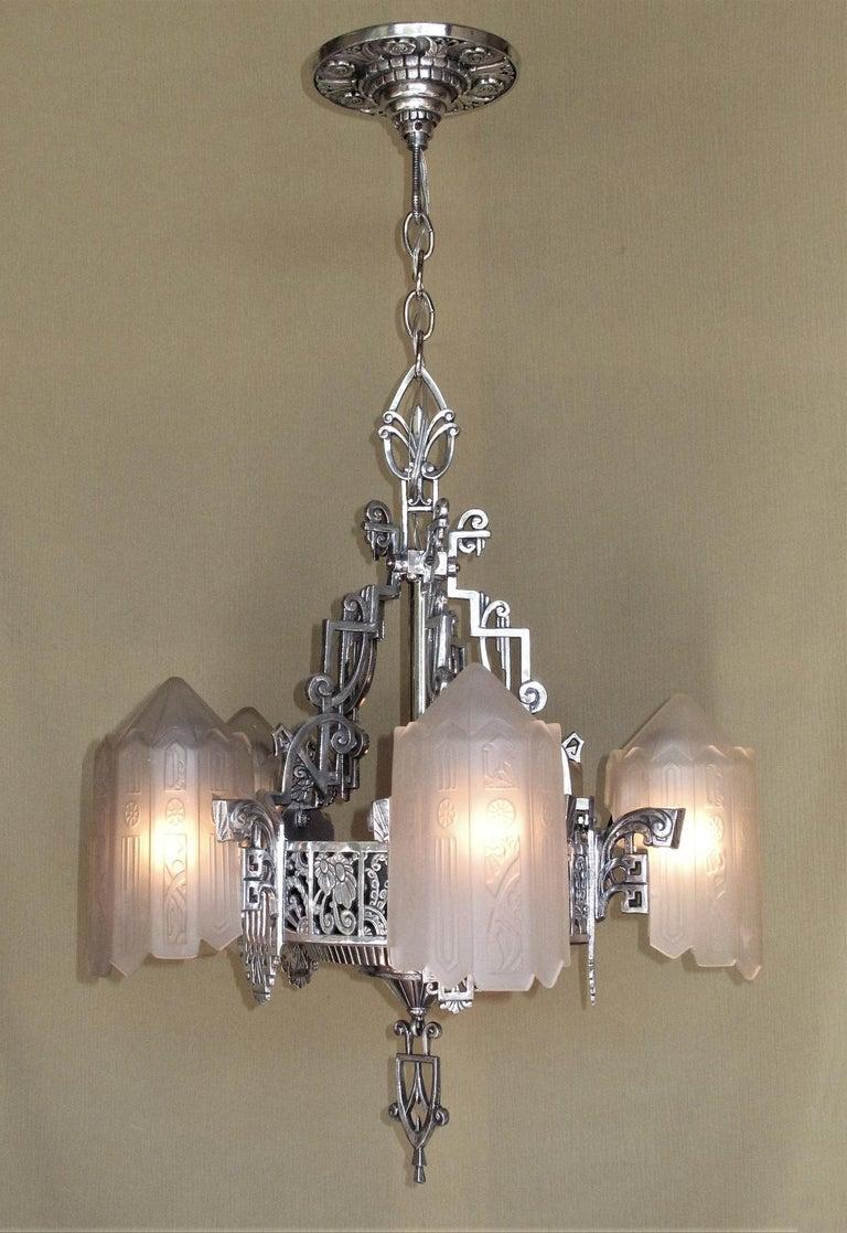 20th Century Grande Dame of American Art Deco Lighting, circa 1932 For Sale