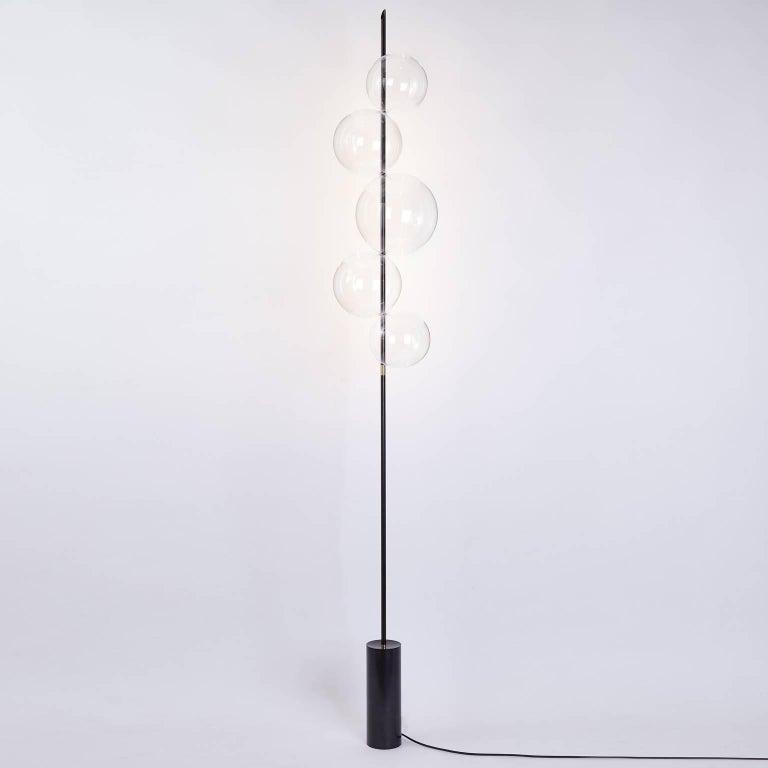 Grandine Black Five Lights contemporary Floor Lamp Blackened Brass Blown Glass For Sale 4