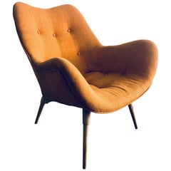 Grant Featherston Pair of B210 TV Contour Chairs, circa 1960s