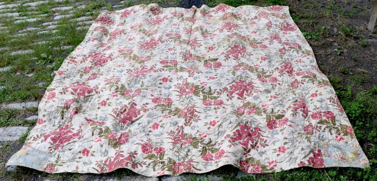 Graphic Antique Tied Quilt For Sale 6