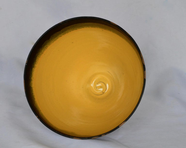 Graphic Ceramic Bowl by Liz Kinder In Good Condition For Sale In Charlottesville, VA