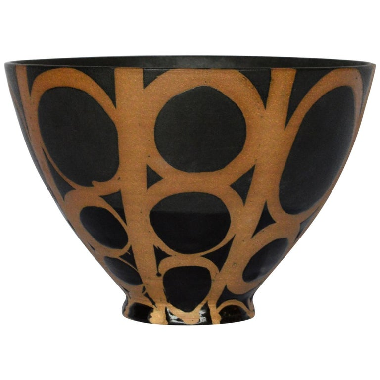 Graphic Ceramic Bowl by Liz Kinder For Sale