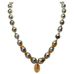 Gray Akoya Baroque Pearls Yellow Gold Pendant with Diamond Accents