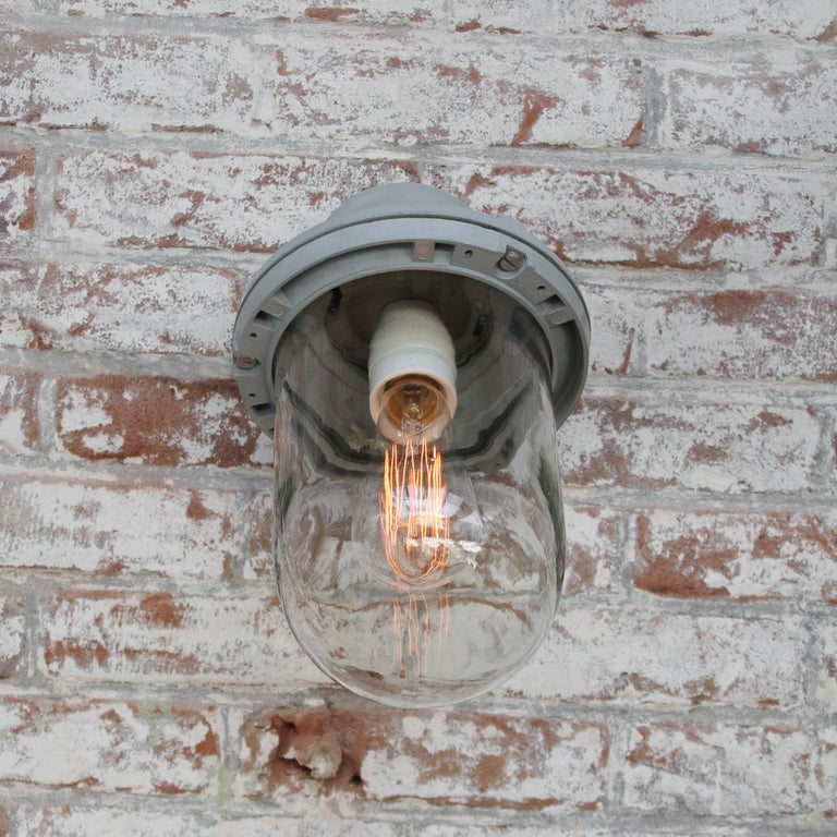 Gray Cast Aluminum Vintage Industrial Clear Glass Wall Lamps In Good Condition For Sale In Amsterdam, NL