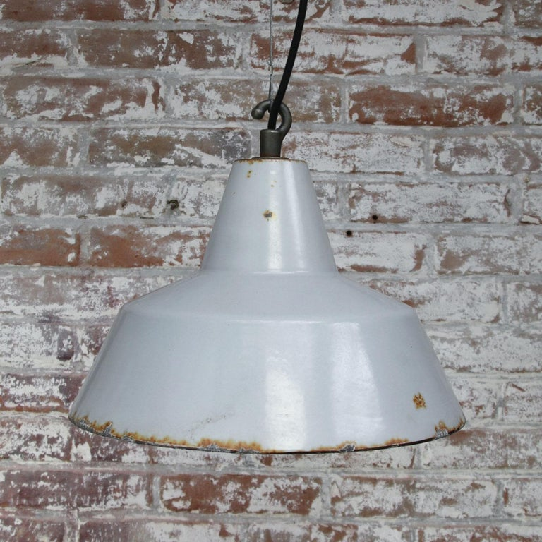 Gray Enamel Vintage Industrial Hanging Lamp Pendant by Philips In Good Condition For Sale In Amsterdam, NL
