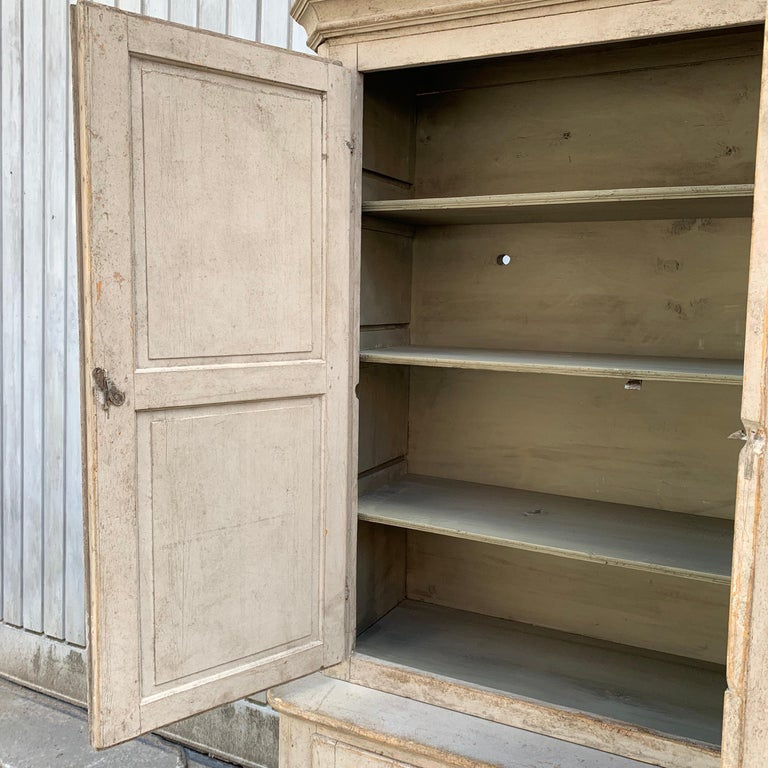 Gray Painted Gustavian Two-Piece Cabinet or Cupboard, Sweden, Early 19th Century In Good Condition For Sale In Haddonfield, NJ