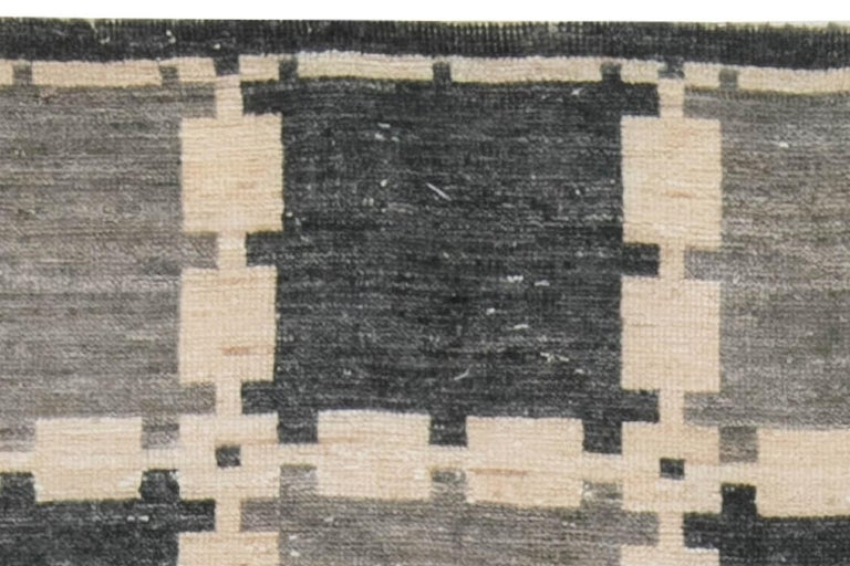 Gray Swedish Geometric Design Pile Rug In New Condition For Sale In New York, NY
