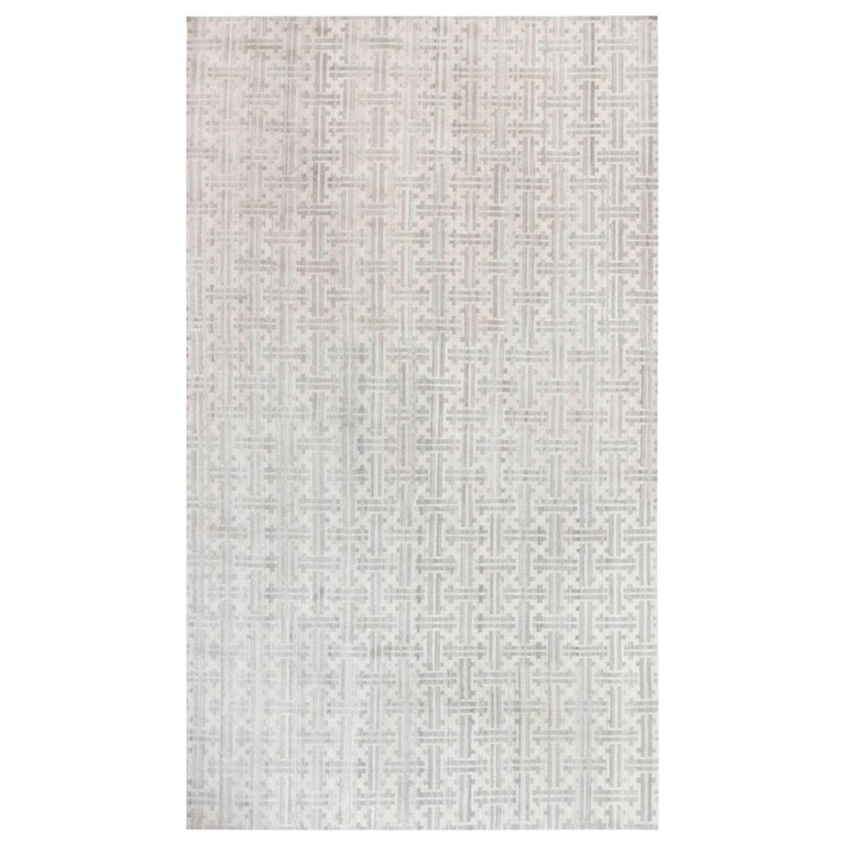 Gray Terra Rug in Natural Wool For Sale