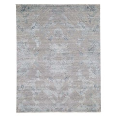 Gray Wool & Pure Silk With Geometric Design Hand Knotted Oriental Rug