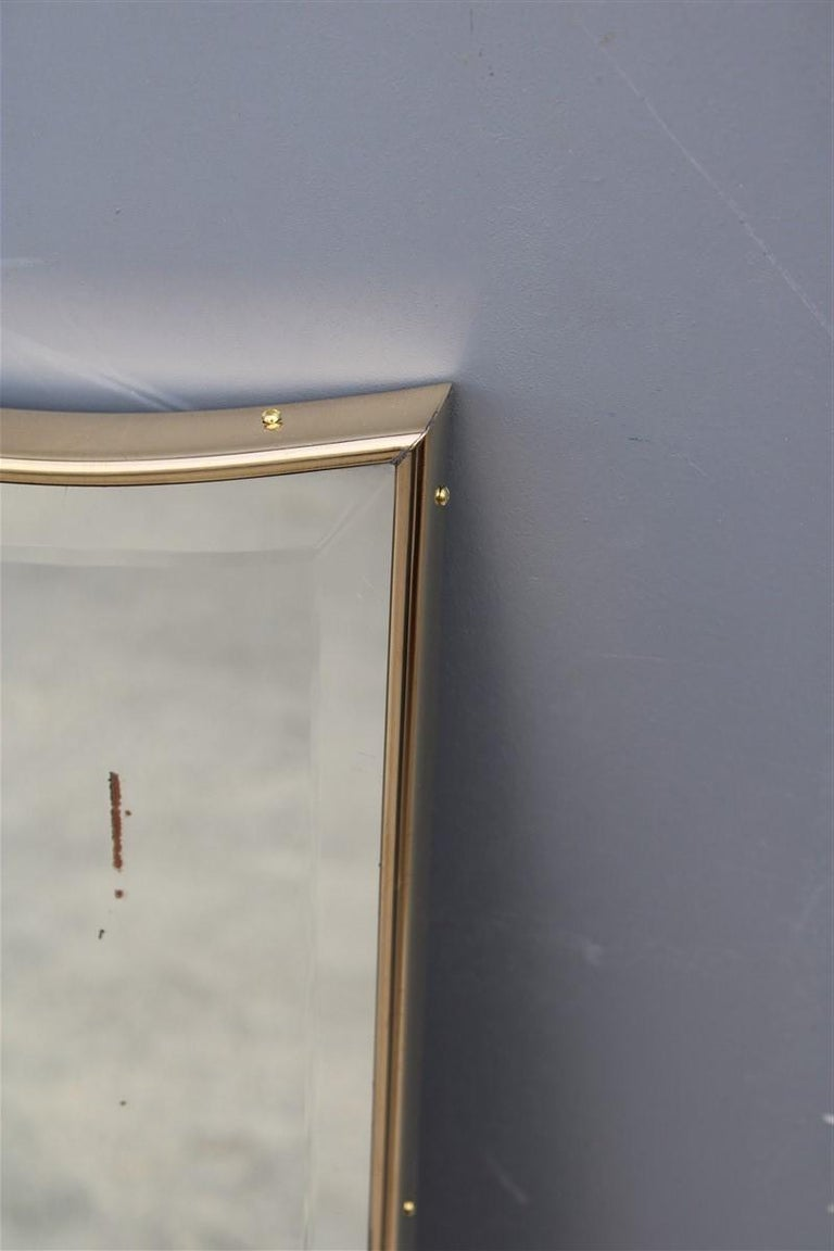Great Mid-century Italian Wall Mirror Brase Frame Decorated Gold Bevelled 1950s  For Sale 8