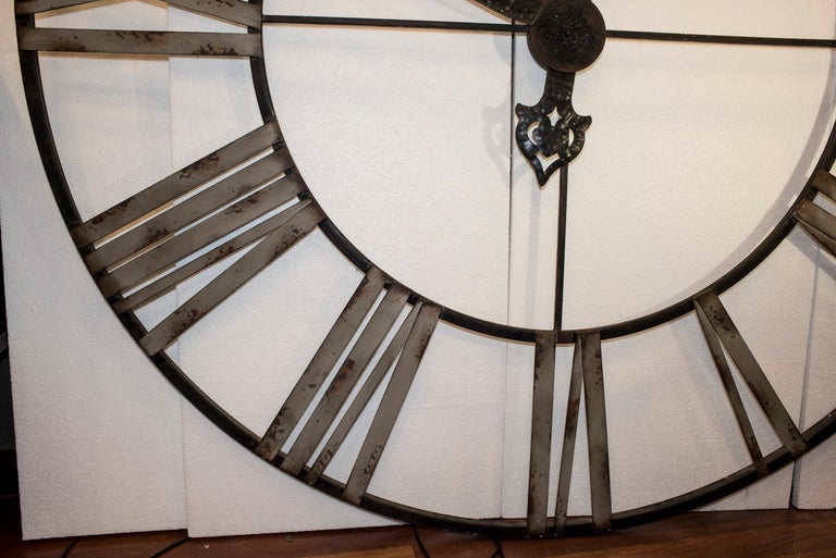 20th Century Black French Skeleton Clock in Aged Forging Iron For Sale 7