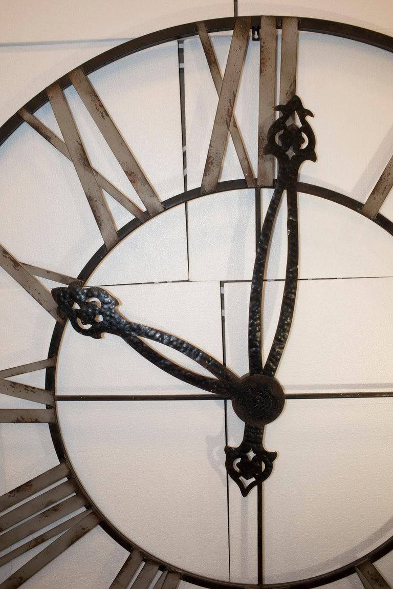 20th Century Black French Skeleton Clock in Aged Forging Iron For Sale 1