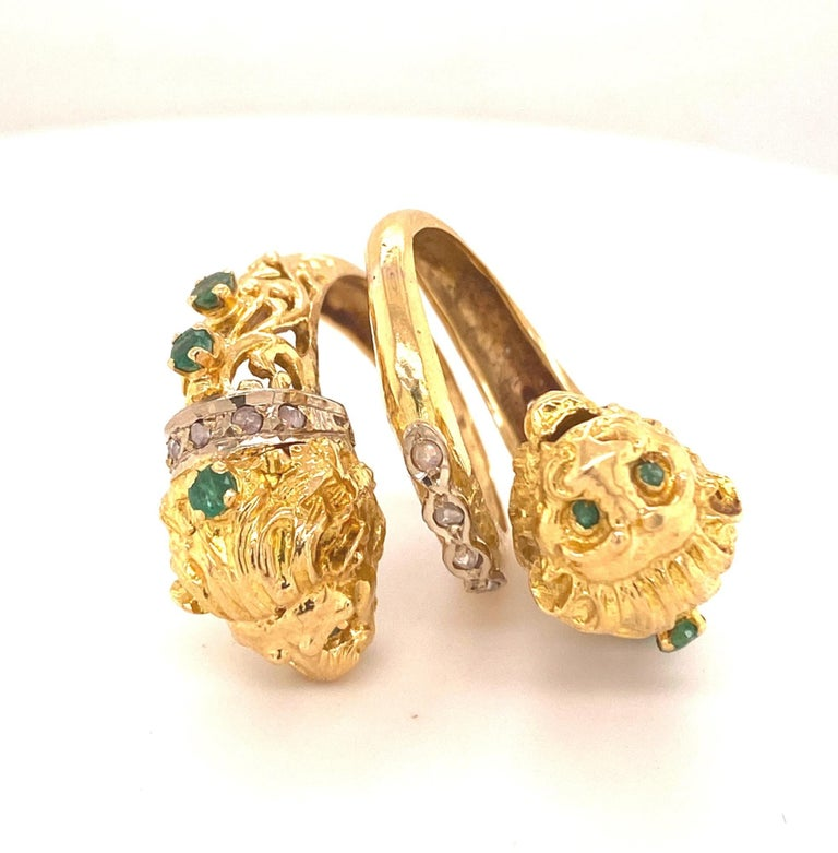 Greek Double Chimera Lion Head Emerald Diamond Filigree 18K Yellow Gold Ring. This is a beautiful Greek double chimera lion head ring with a filigree design emeralds and rose cut diamonds. The sculpture and detail is superb. Total gem weight .70